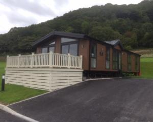 2018 Carabuild Signature Lodge Deluxe